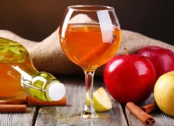 Простой пошаговый рецепт вина из яблок в домашних условиях