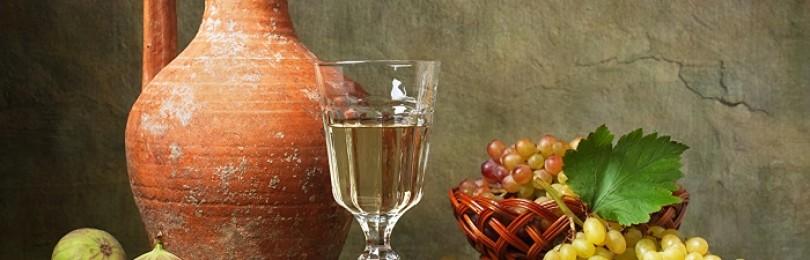 Зачем нужен кувшин для вина