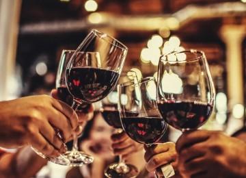 В течение какого времени выветривается вино из организма?