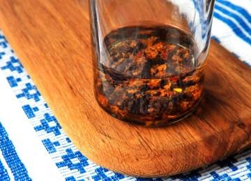 Настойка прополиса на спирту: рецепт, способы применения