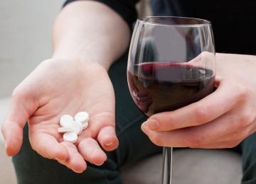 Можно ли совмещать алкоголь с лечением антибиотиками?