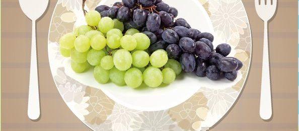 Тарелка с виноградом