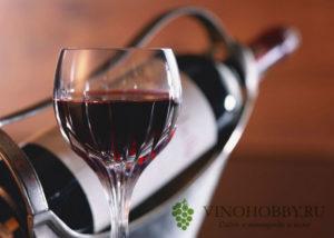 hranenie-otkrytogo-vina 2