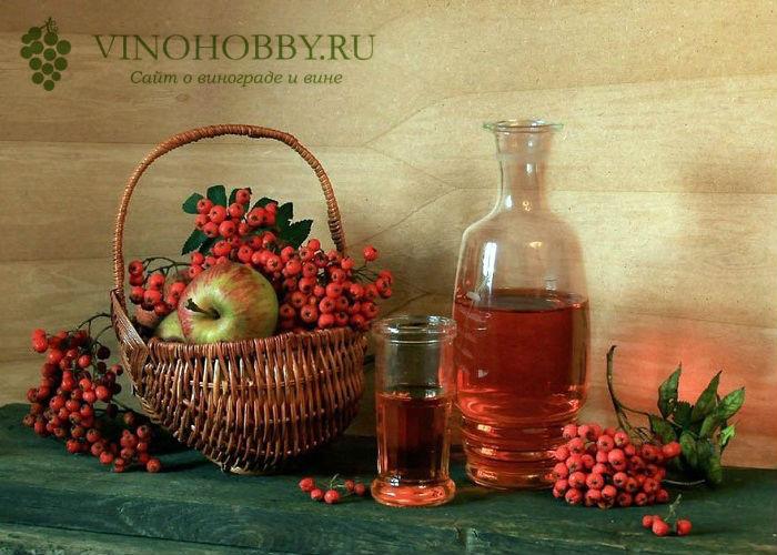 vino-iz-ryabiny 3