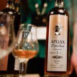 Арцах тутовый: легендарный, неповторимый и интригующий напиток Армении